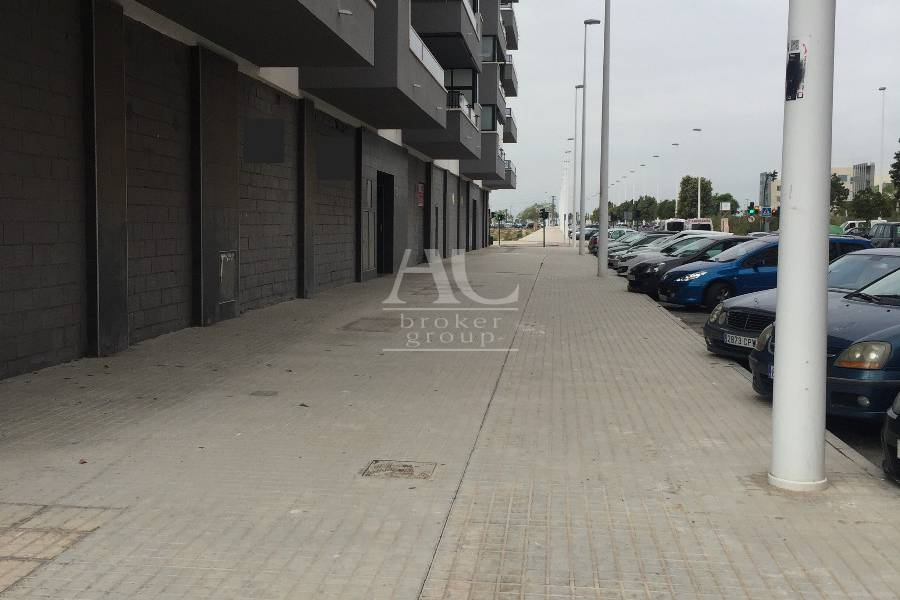 Alquiler - Local comercial - Elche - Sector V